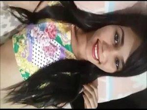 Image Fernanda novinha que caiu no whatsapp mostrando a xereca
