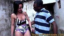 videos amadores adultos negão metendo o ferro na morena na favela